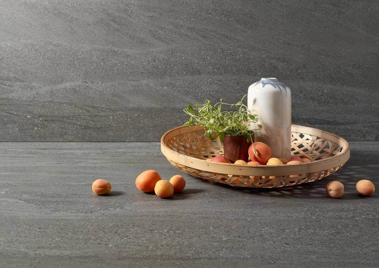 Kuechenbeispiel Keramikarbeitsplatte Bgio Piano