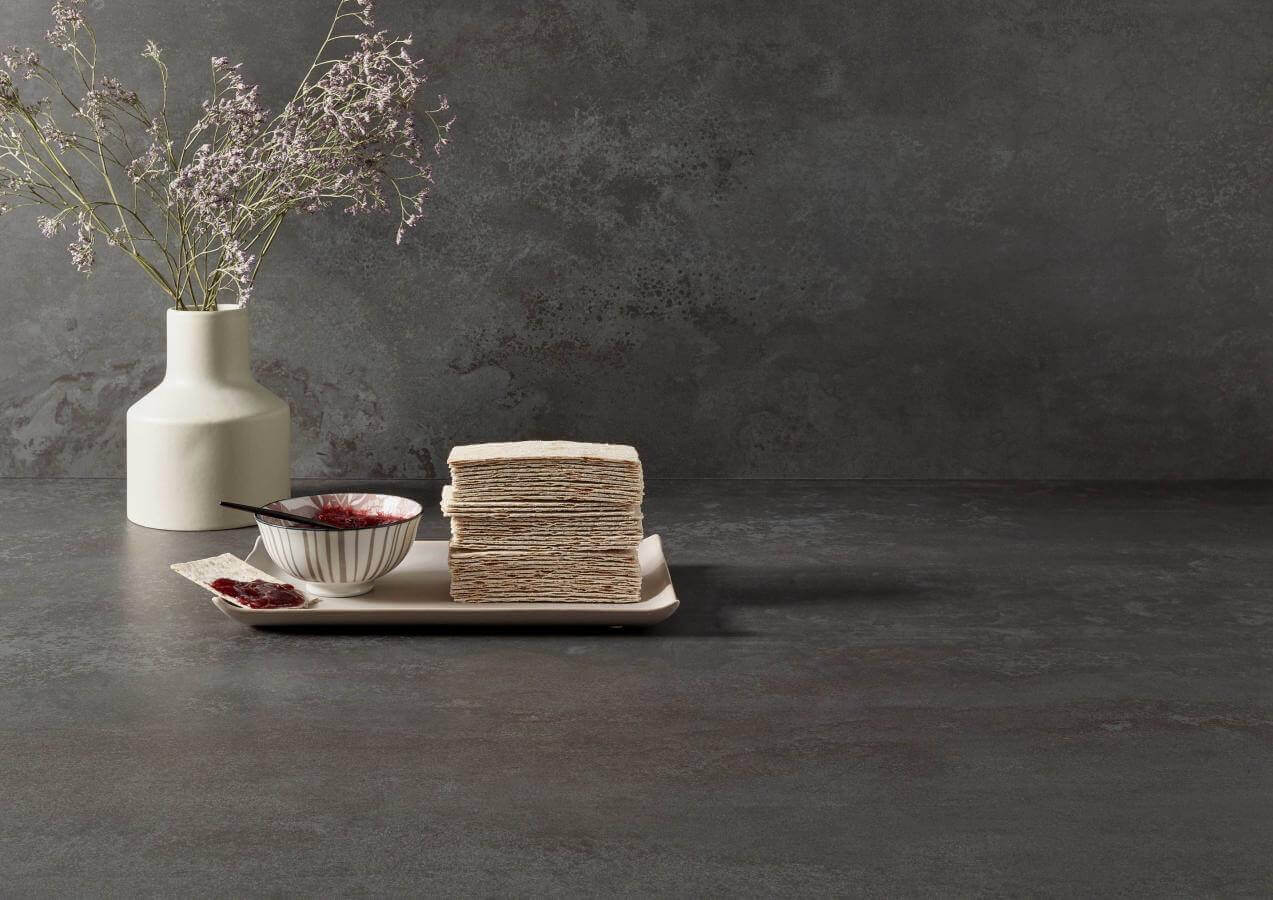 Kuechenbeispiel Keramikarbeitsplatte Metallo Levigato