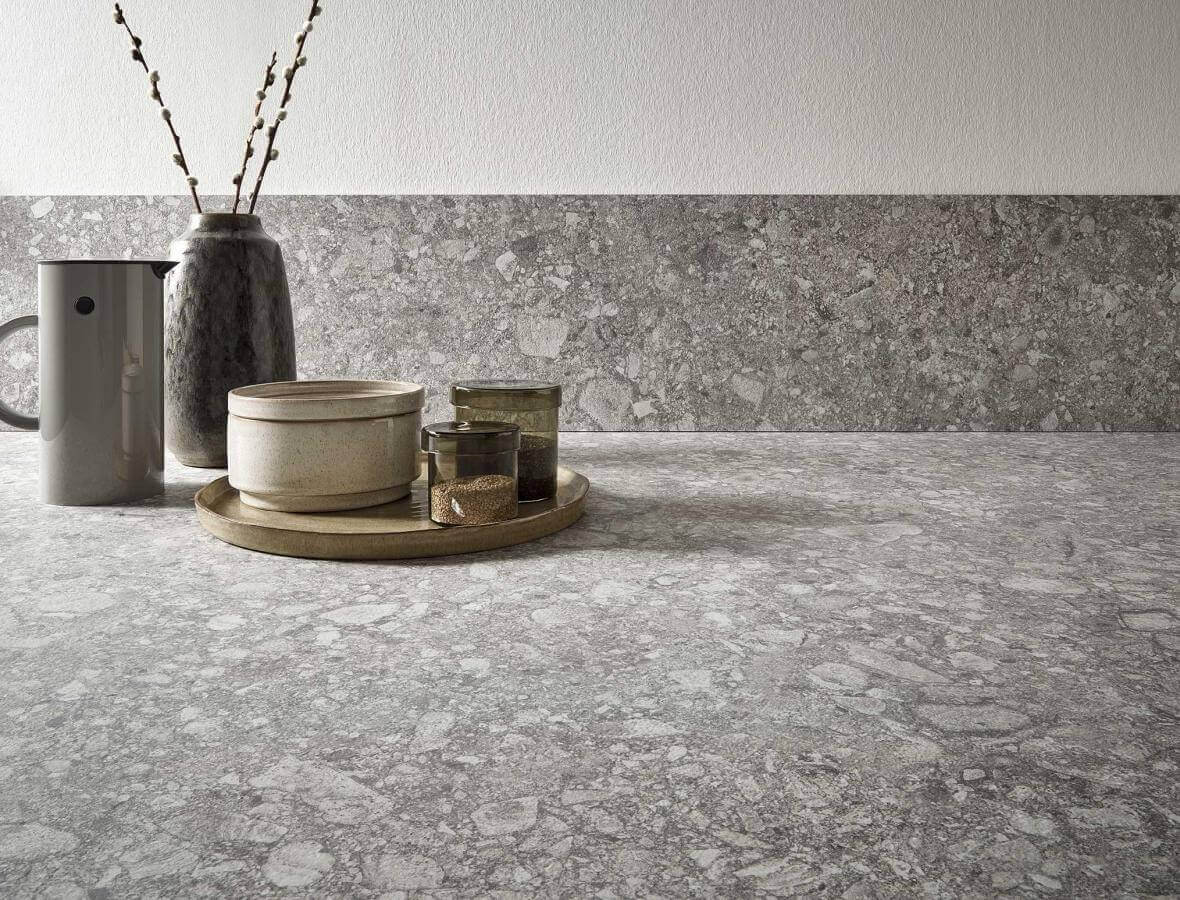 Kuechenbeispiel Keramikarbeitsplatte Milan Stone